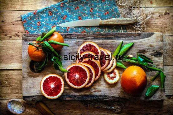 Сицилия. Красные апельсины