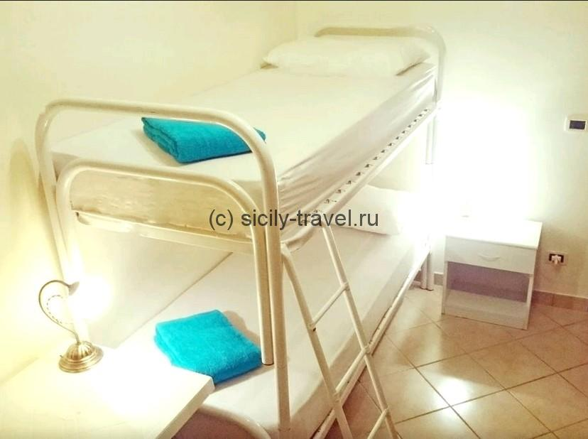 1 Bed Dormitory Room