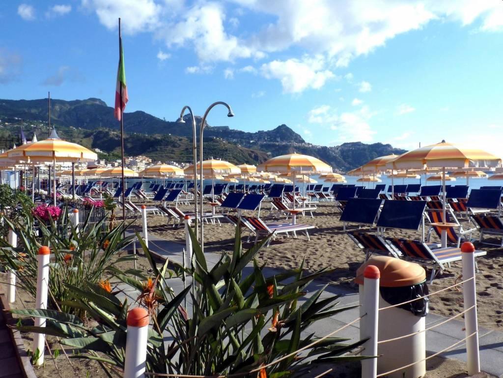 Пляжи Джардини Наксос - Отдых с детьми на Сицилии