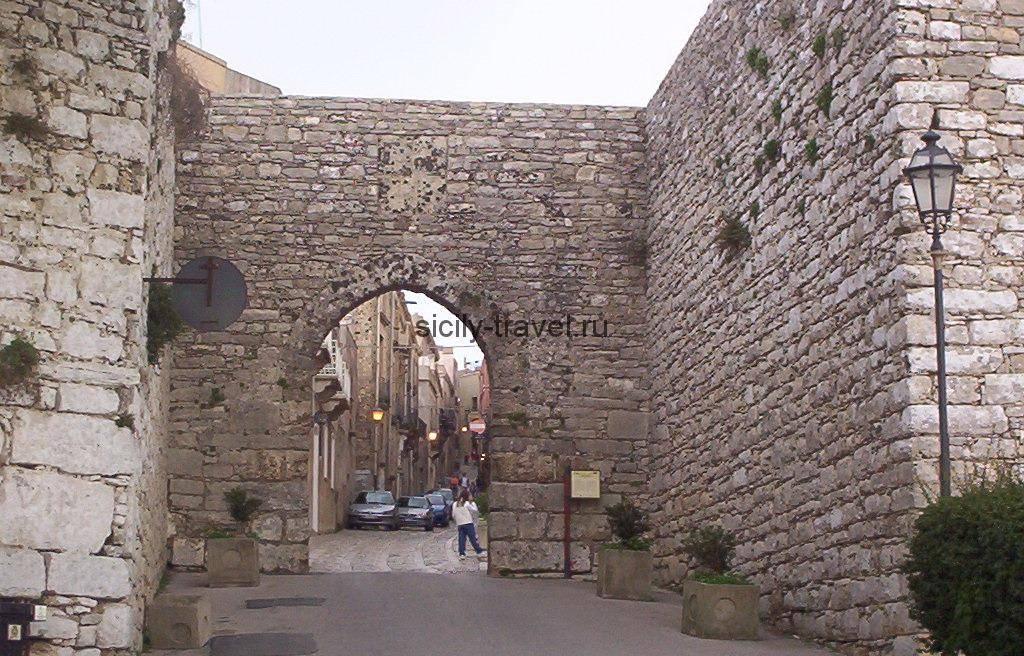 Ворота Трапани в Эриче