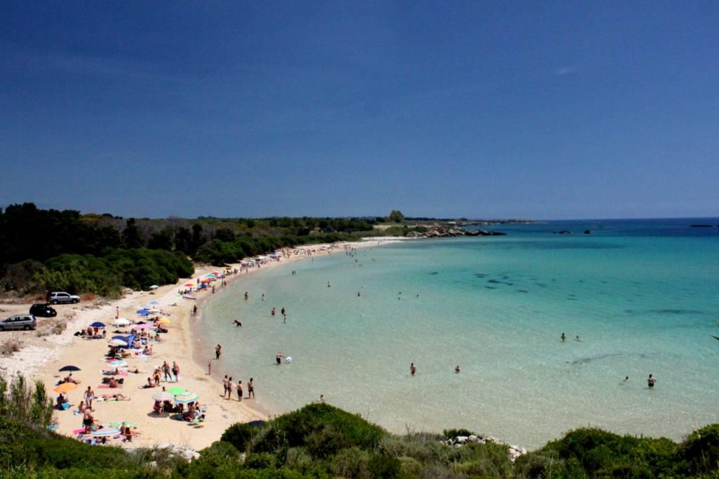 Пляж Фонтане Бьянке